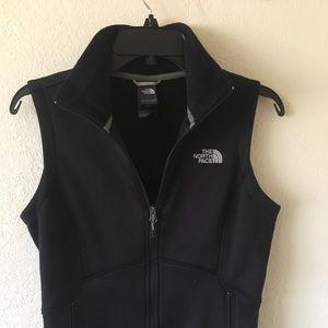 Nike Black Women's zip up vest